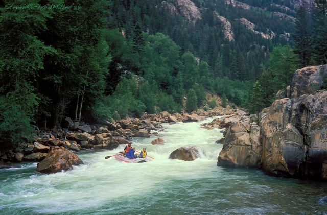 With Catfish at the oars, the Far Flung boat completes the run of No Name rapid