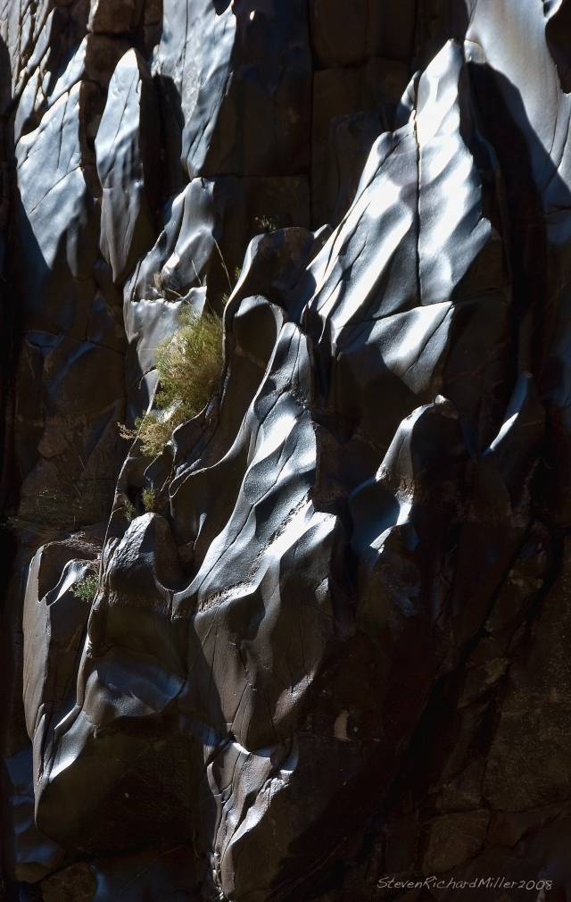 Fluted and polished schist