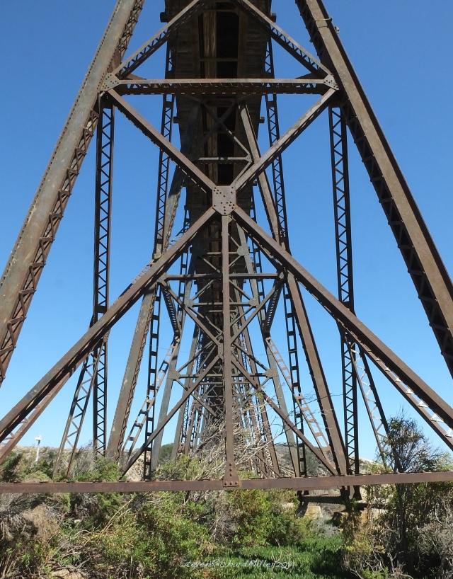 Gaviota railway trestle