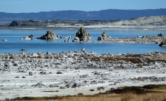 Tufa (calcium carbonate accretions) formations in Mono Lake