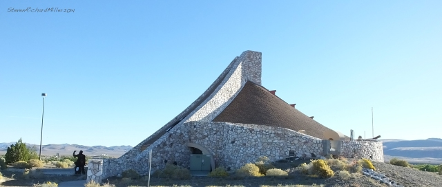 Paiute tribe visitor center (it was closed early on a Sunday morning)