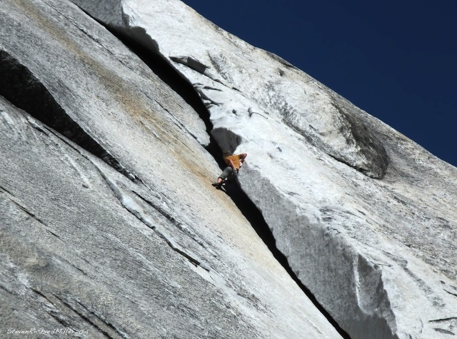 Climber free solos the Great White Book, which is considered pretty easy and which, in any case, doesn't have any protection