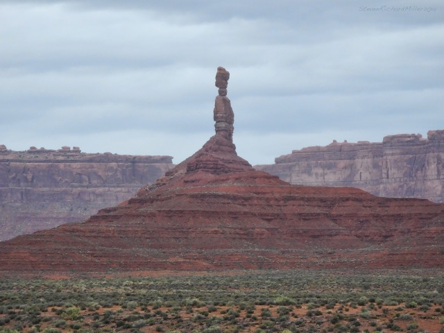 Very skinny pinnacle, Valley of the Gods.