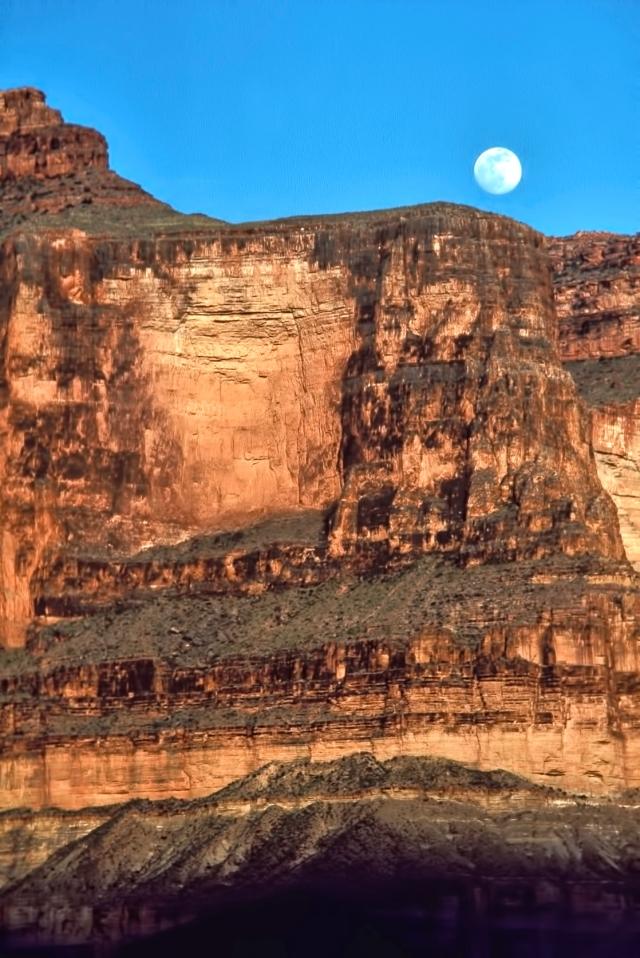 Moonrise at Blacktail Canyon