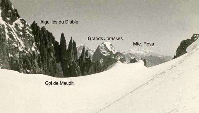 16. Col Maudit
