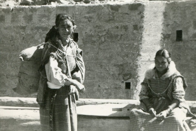 Manali women, Sept. 1963