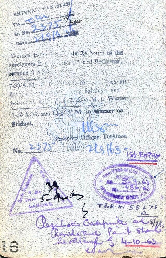 Passport. Pakistan entry and exit, entry India, Sept. 1963