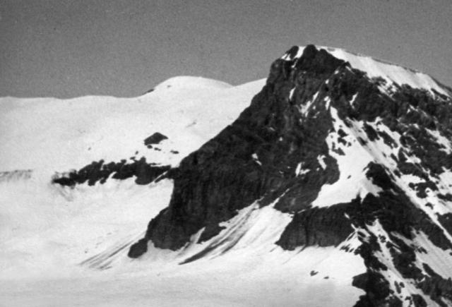 Steghorn, summit view to WildstrubelViewToWest#4