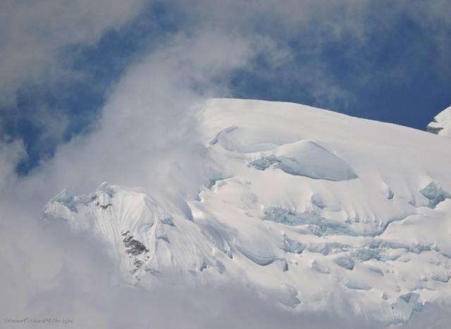 Summit of Huascaran Sur detail