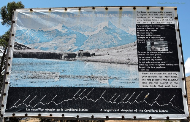 Lago Wilcacocha sign