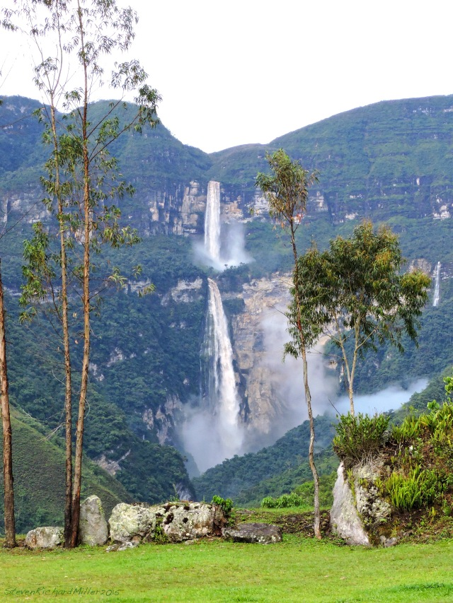 Gocta Falls and the Gocta Andes Lodge (5875')