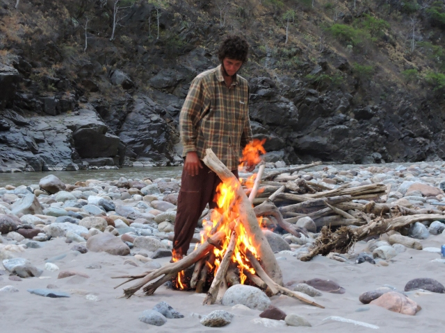 Barba liked to build big fires, as do I. As you will notice, we are not employing a fire pan. High water will cleanse this beach.