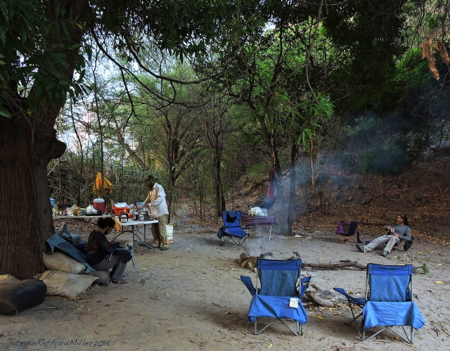 The lay-over camp, under the mango trees