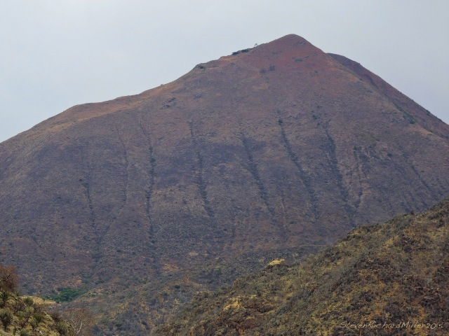 Mountain to the north of Jecumbui. The parallel furrows indicate that this mountain face is, again, a tilted limestone slab
