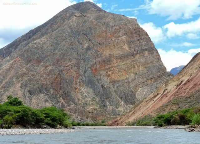 Looking back upstream at the limestone mountain at the head of the Huchus Valley, Cerro Ishlan