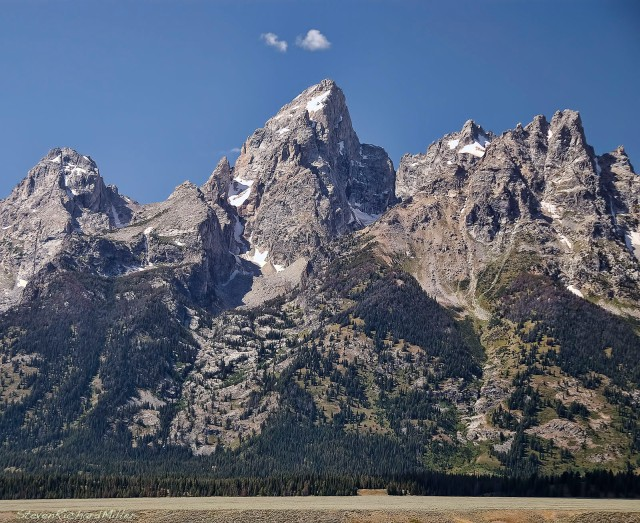 From left to right: the Middle Teton, the Grand Teton, Mt. Owen and Teewinot. The latter three are called the Cathedral group