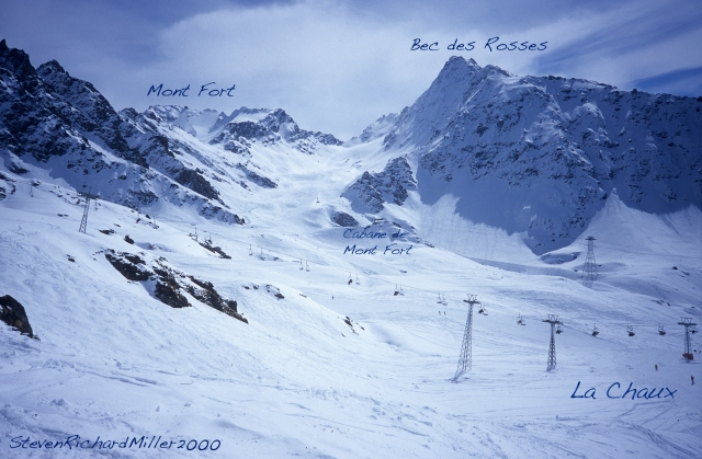 We returned to Attelas and skied down the other side to La Chaux