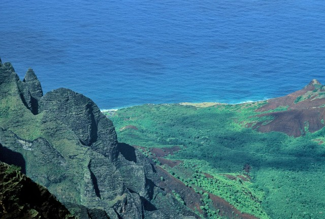 Kalalau Berach seen from an overlook, 5000' above