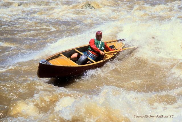 Canoe surfing in Chacalaca Rapid
