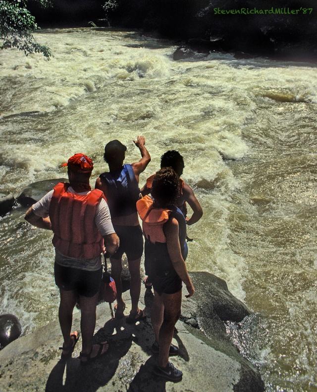 Scouting Upper Huacas Rapid, 1987