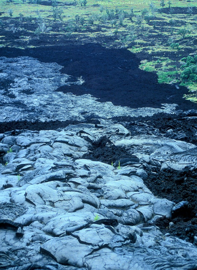 A closer look at the two kinds of lava. Aa has a broken, jagged surface