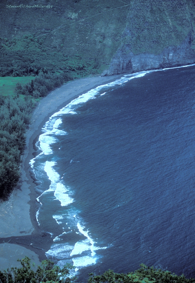 The mouth of the Waipio Valley