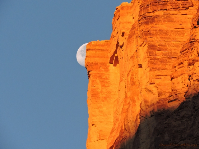 From Lone Cedar Camp, at Mile 23.5, the moon and cliff in last light