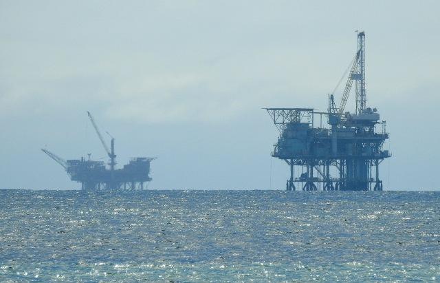 OilRigsDSCN3601