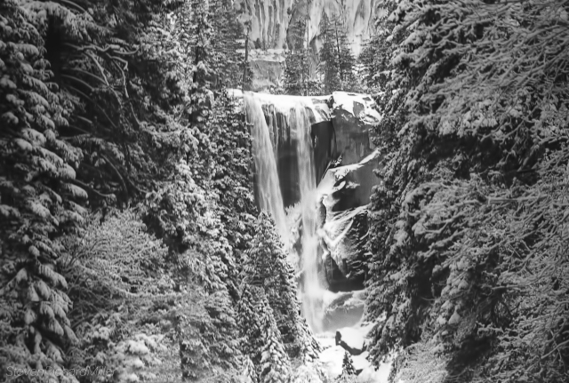 YosemiteWaterfallSnow.jpg
