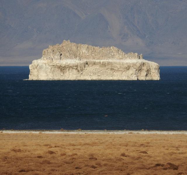 21.PyramidLakeTufaIsland#2 900P DSCN4900.jpg